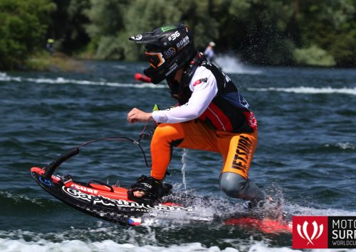 MOTOSURF WORLDCUP IS HEADING TO THE FINALS